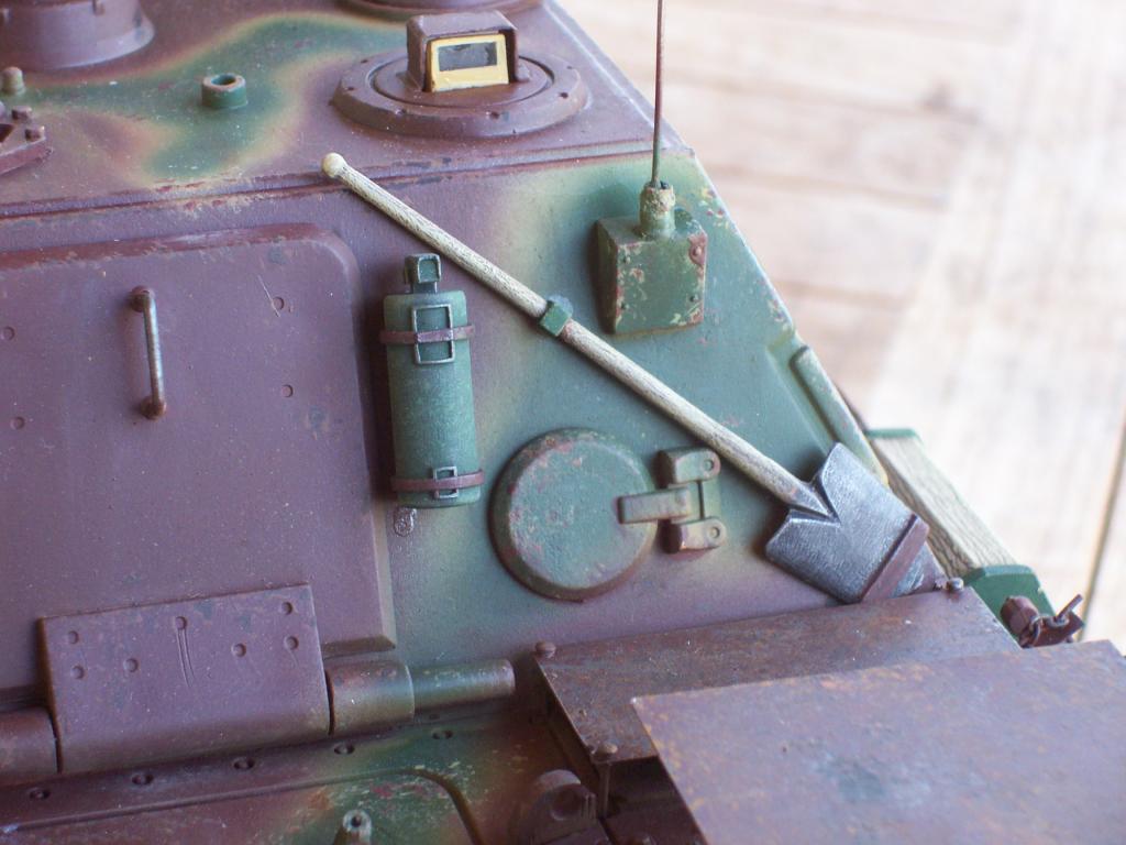 mars 1945:nacht panzerjäger V jagdpanther!!!(1/16eme) - Page 3 Photo-075-1b17347